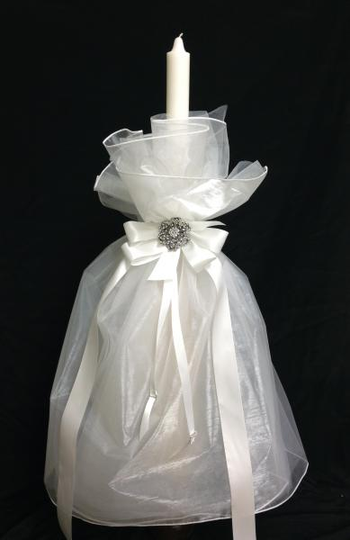 This 32 inch candle is beautifully decorated with silk and tulle liner.  Satin ribbons and rhinestone brooch add beautiful accents.  ]